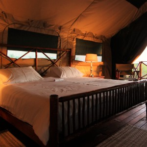 pic-14-inside-tent